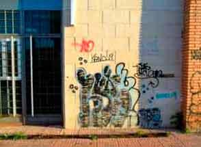 ladrillos-graffitis